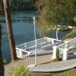 Vaade Pääsu Villast järvele